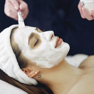 Edukacija depilacije i njege tijela i lica